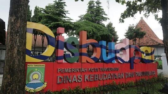 Disbudpar Kota Tangerang Sewenang-wenang Menertibkan Reklame