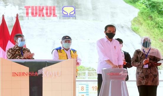 Presiden RI Joko Widodo Kunker KeKabupaten Pacitan Resmikan Bendungan Tukul