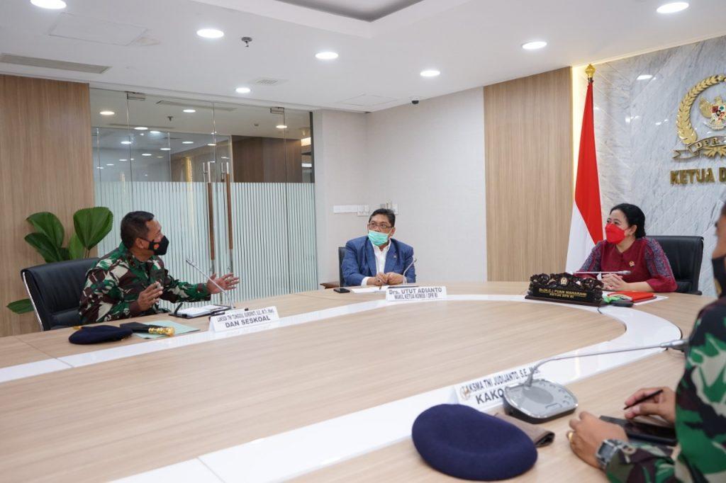 Media Ketua DPR RI Dr. (H. C) Puan Maharani