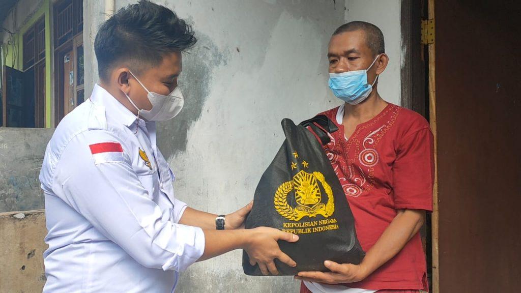 DPP LPPI Gandeng Polri Dalam Jum'at Berbagi Berkah salurkan Bansos Kepada Warga