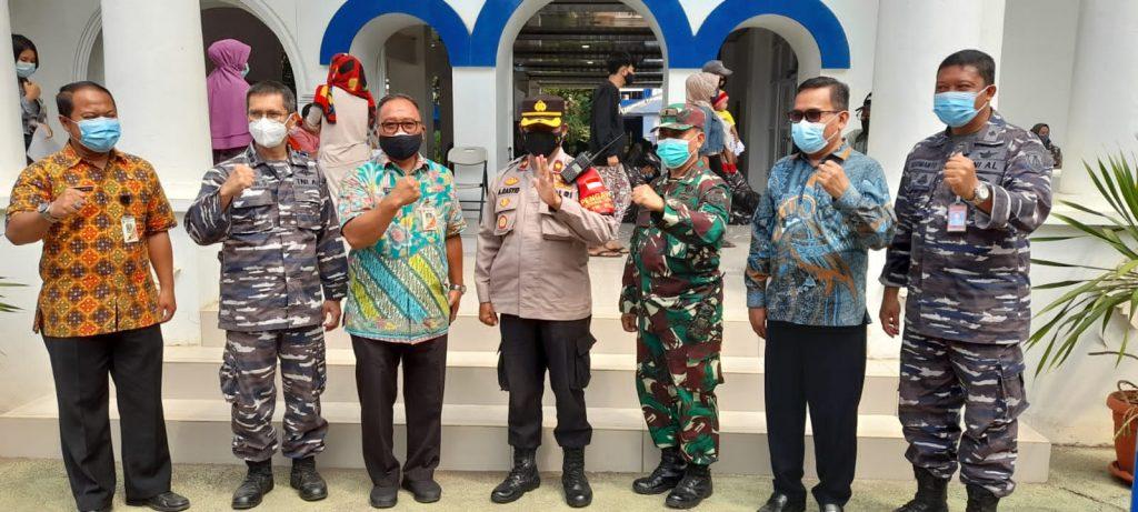 """Kalaborasi Tiga Pilar Mengadakan Vaksinasi Gratis Di SMK Perguruan """"Cikini """"Jakarta"""