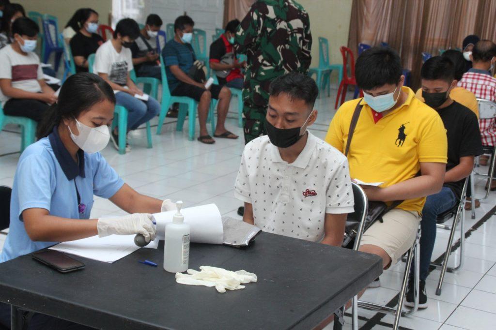 Kembali Gencar Serbuan Vaksinasi di Lanud Sam Ratulangi